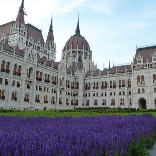 Budapest Wonderguides - Pest side tour: Days of glory