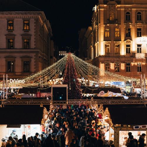 Budapest Wonderguides - Christmas Market tour